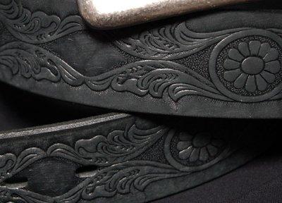 画像1: 日本製・「栃木レザー」使用の極厚「カービング」レザーベルト・ブラック