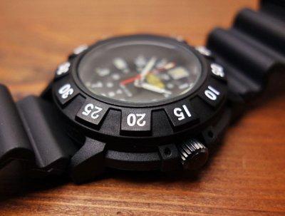 画像3: ミリタリー ウォッチ メンズ スイス製 quartz ムーブメント採用 UZI 社 ブランド 新品 / ブラック 黒