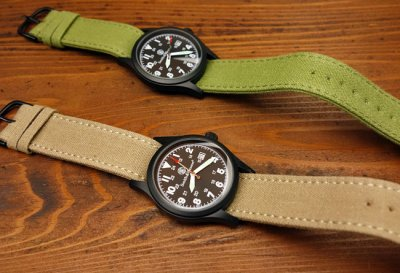 画像1: 腕時計 メンズ Smith & Wesson社 ブランド ミリタリーウォッチ ベルト3本セット 新品/ブラック
