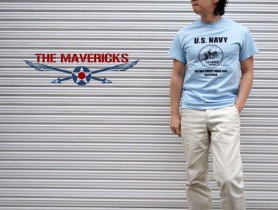 画像2: 米海軍 NAVY Seabees 蜂 モデル THE MAVERICKS ミリタリーTシャツ 半袖 / 水色 ライトブルー