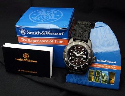 画像1: 腕時計 メンズ Smith&Wesson 社 ブランド コマンド ウォッチ 新品 / ブラック 黒