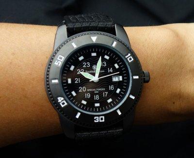 画像2: 腕時計 メンズ Smith&Wesson 社 ブランド コマンド ウォッチ 新品 / ブラック 黒