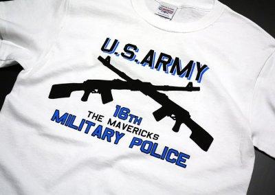 画像2: ARMY「ミリタリーポリス」2丁マシンガン・Tシャツ・白