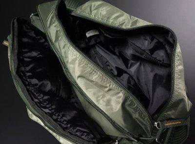 画像3: MA-1 タイプ ミリタリー ナイロン ショルダーバッグ 大 メンズ 斜めがけ 新品 / オリーブ