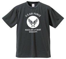 画像1: 水陸両用 ラッシュガード にも使える ドライ Tシャツ メンズ 半袖 USAF エアフォース / ガンメタ (1)