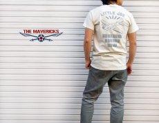 画像8: リトルジョー爆撃機モデル「THE MAVERICKS」ミリタリーTシャツ/ナチュラル 生成り (8)