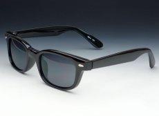 画像2: 送料無料 細デザイン ウェリントン型 サングラス メンズ 新品 / 黒 × ブラック (2)