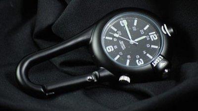 画像2: 青 LED ライト付き クリップ ウォッチ ミリタリー ROTHCO ロスコ 新品/ブラック 黒 キーホルダー 懐中時計