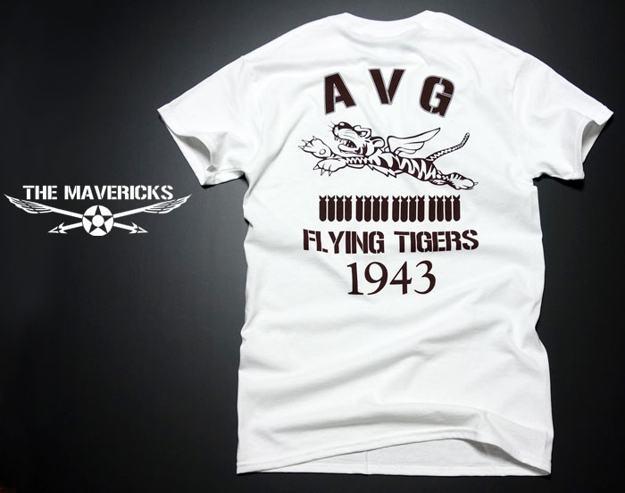 画像1: AVGフライングタイガース「THE MAVERICKS」ミリタリーTシャツ・白 (1)