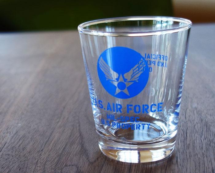 画像1: 日本製・「U.S.AIRFORCE」ミリタリーグラス・ブルー (1)