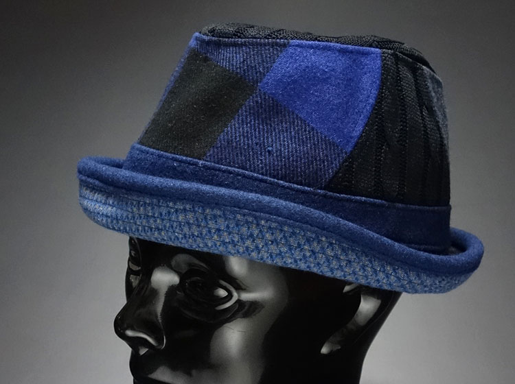 画像1: ブルーのクレイジーパターン!ウール生地のポークパイハット (1)