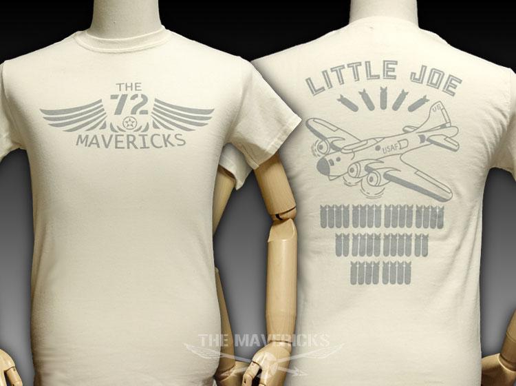 画像1: リトルジョー爆撃機モデル「THE MAVERICKS」ミリタリーTシャツ/ナチュラル 生成り (1)