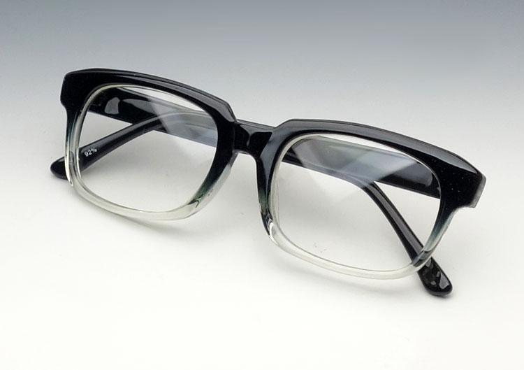画像1: 送料無料 シンプルな スクエア系 伊達メガネ ブラック&クリアー ツートンカラー (1)