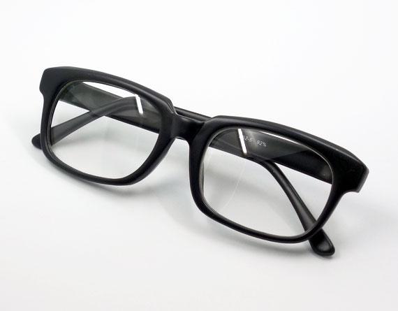 画像1: 送料無料 シンプルなスクエア系 伊達メガネ つや消し黒 マットブラック (1)