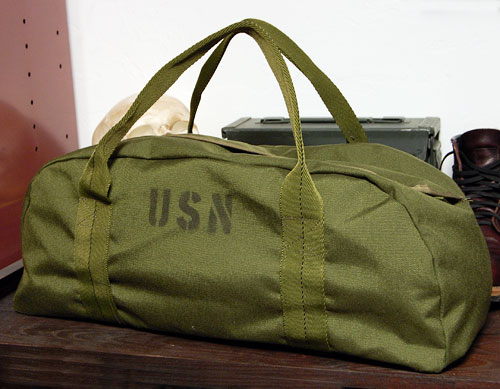 画像1: ROTHCO社製・USN・ナイロン・タンカーツールバッグ (1)