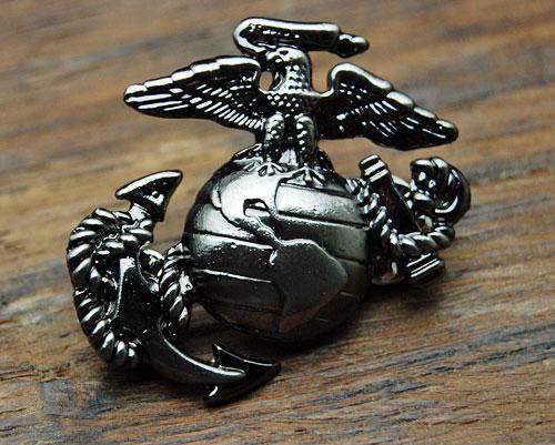 画像1: アメリカ製・ROTHCO社・USMCマリン・ピンバッジ (1)