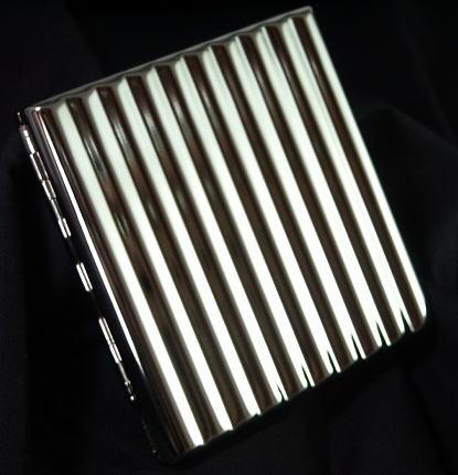 画像1: メタルのシガレットケース・ウェーブ・20本 (1)